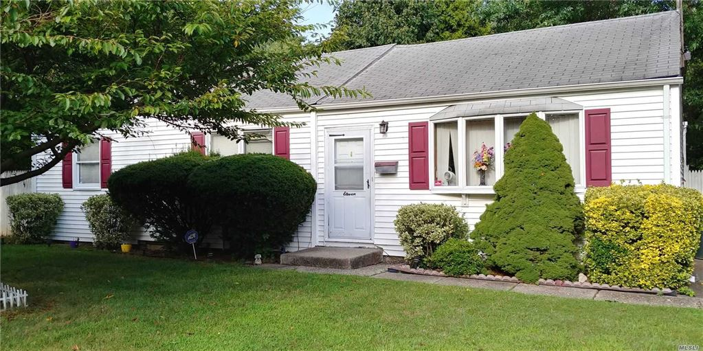 11 Winthrop Road, Brentwood, NY 11717 - MLS#: 3157423