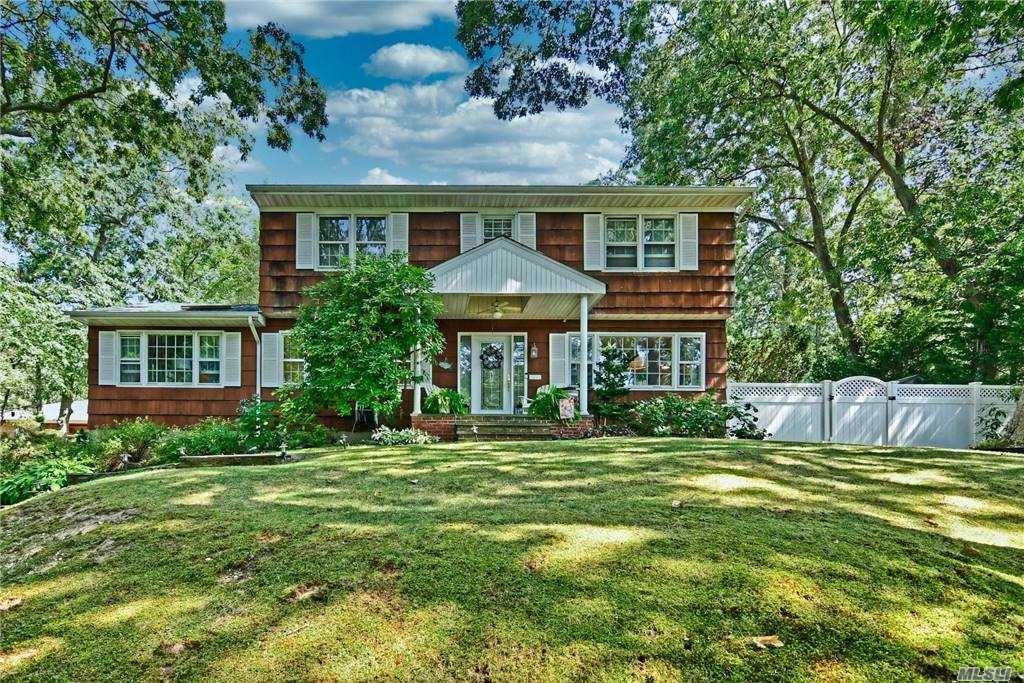 82 Manor Rd, Huntington, NY 11743 - MLS#: 3250423
