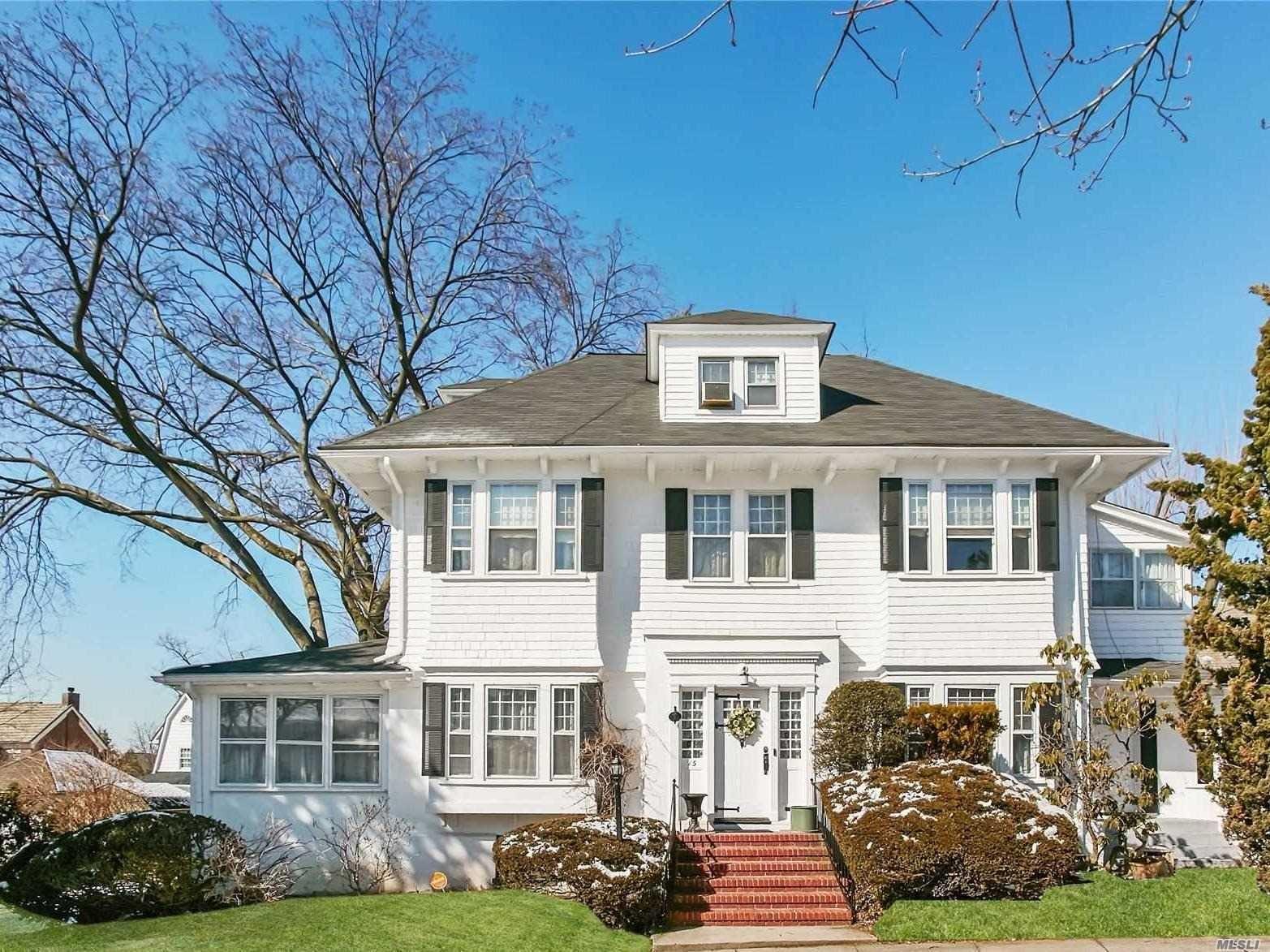 15 Manor Road, Douglaston, NY 11363 - MLS#: 3204426