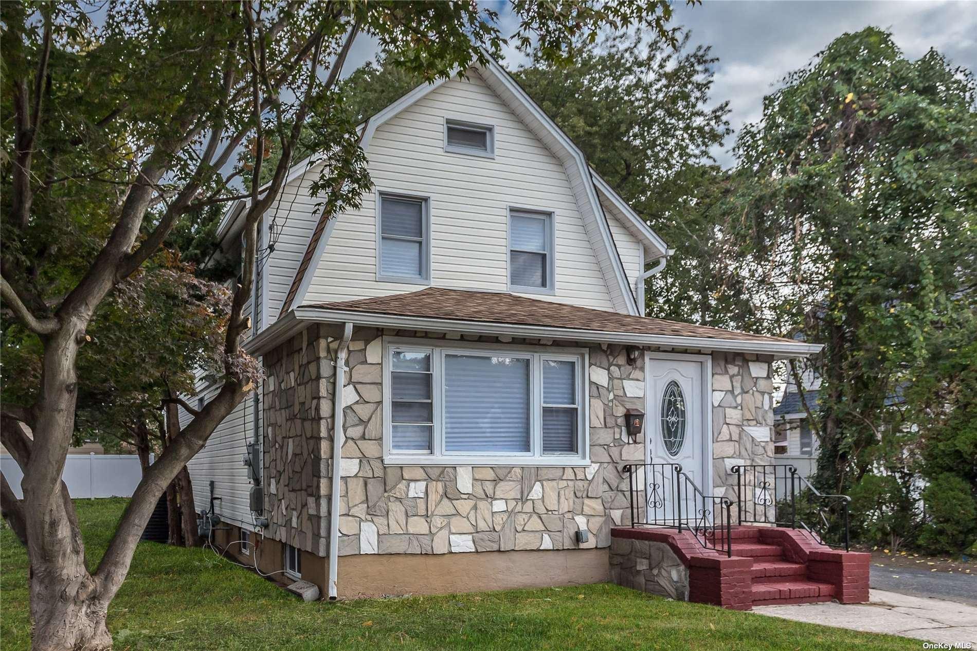 187 Botsford Street, Hempstead, NY 11550 - MLS#: 3352426
