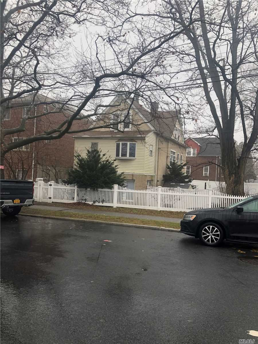 871 Throgs Neck Expressway, Bronx, NY 10465 - MLS#: 3189428