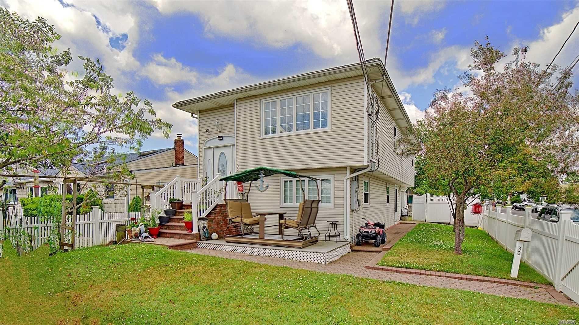 30 Inlet, Lindenhurst, NY 11757 - MLS#: 3227429
