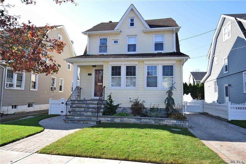 12 Hazel Place, Lynbrook, NY 11563 - MLS#: 3269429