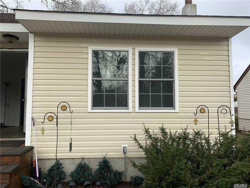 35 Laurel Lane, Shirley, NY 11967 - MLS#: 3282431