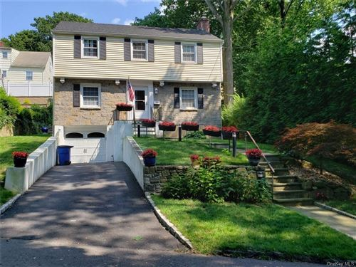 Photo of 10 Fairway Drive, Eastchester, NY 10709 (MLS # H6040433)