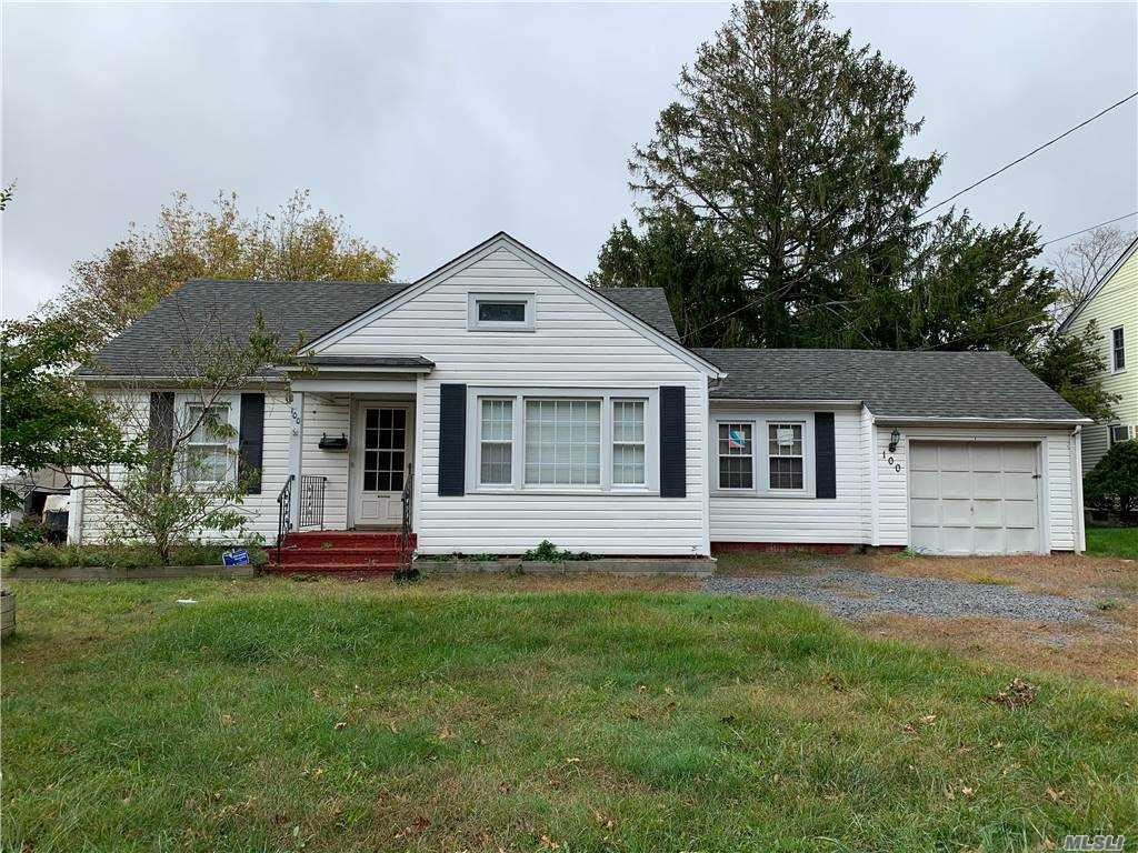 100 Conklin Ave, Patchogue, NY 11772 - MLS#: 3264434