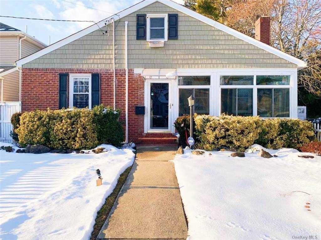 182 Plainview Road, Hicksville, NY 11801 - MLS#: 3289434