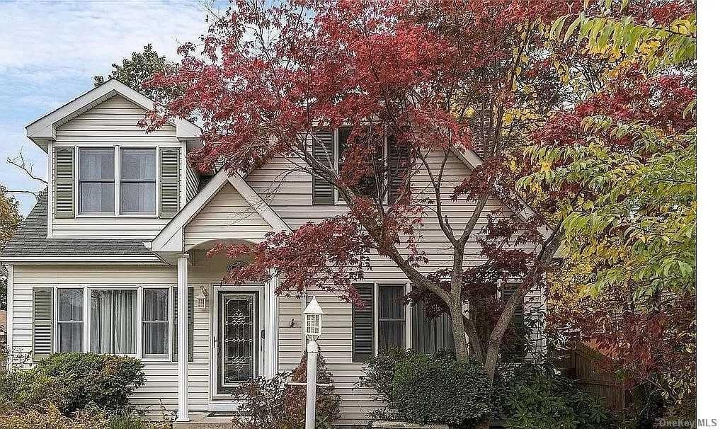 30 Walnut Avenue, Patchogue, NY 11772 - MLS#: 3288435