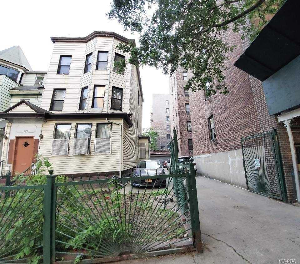 280 E 201 Street, Bronx, NY 10458 - MLS#: 3223436