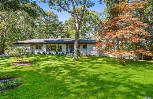 Photo of 29 Middle Line Highway, Southampton, NY 11968 (MLS # 3262437)