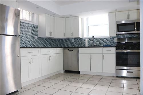 Photo of 21 Crescent Place #1, Yonkers, NY 10704 (MLS # H6091438)