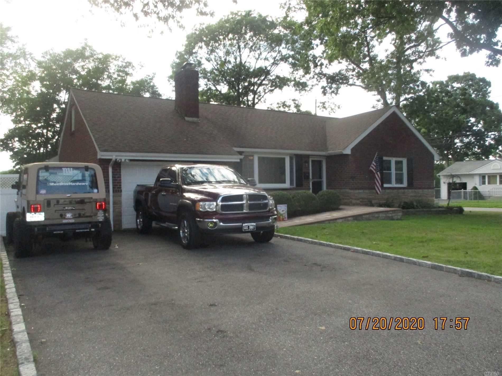 46 Freeman Ave, Islip, NY 11751 - MLS#: 3235439