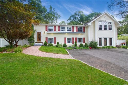 Photo of 19 Beaver Lane, E. Setauket, NY 11733 (MLS # 3201440)