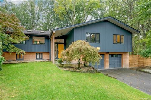 Photo for 10 Deerhill Lane, Scarsdale, NY 10583 (MLS # H6147440)