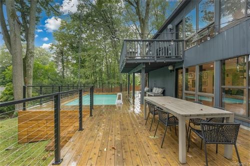 Tiny photo for 10 Deerhill Lane, Scarsdale, NY 10583 (MLS # H6147440)