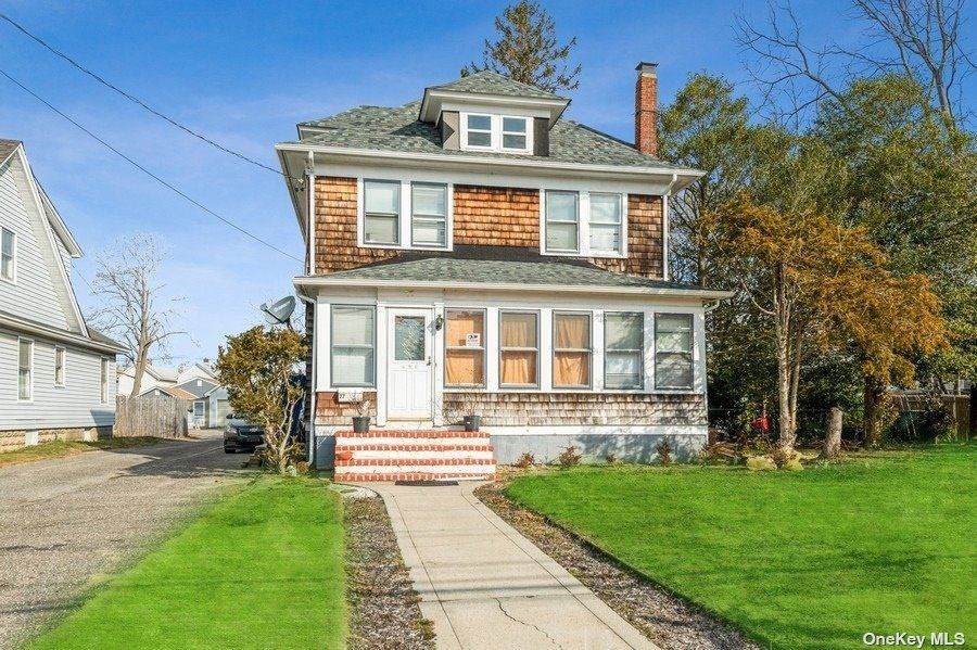 77 Academy Street, Patchogue, NY 11772 - MLS#: 3290440