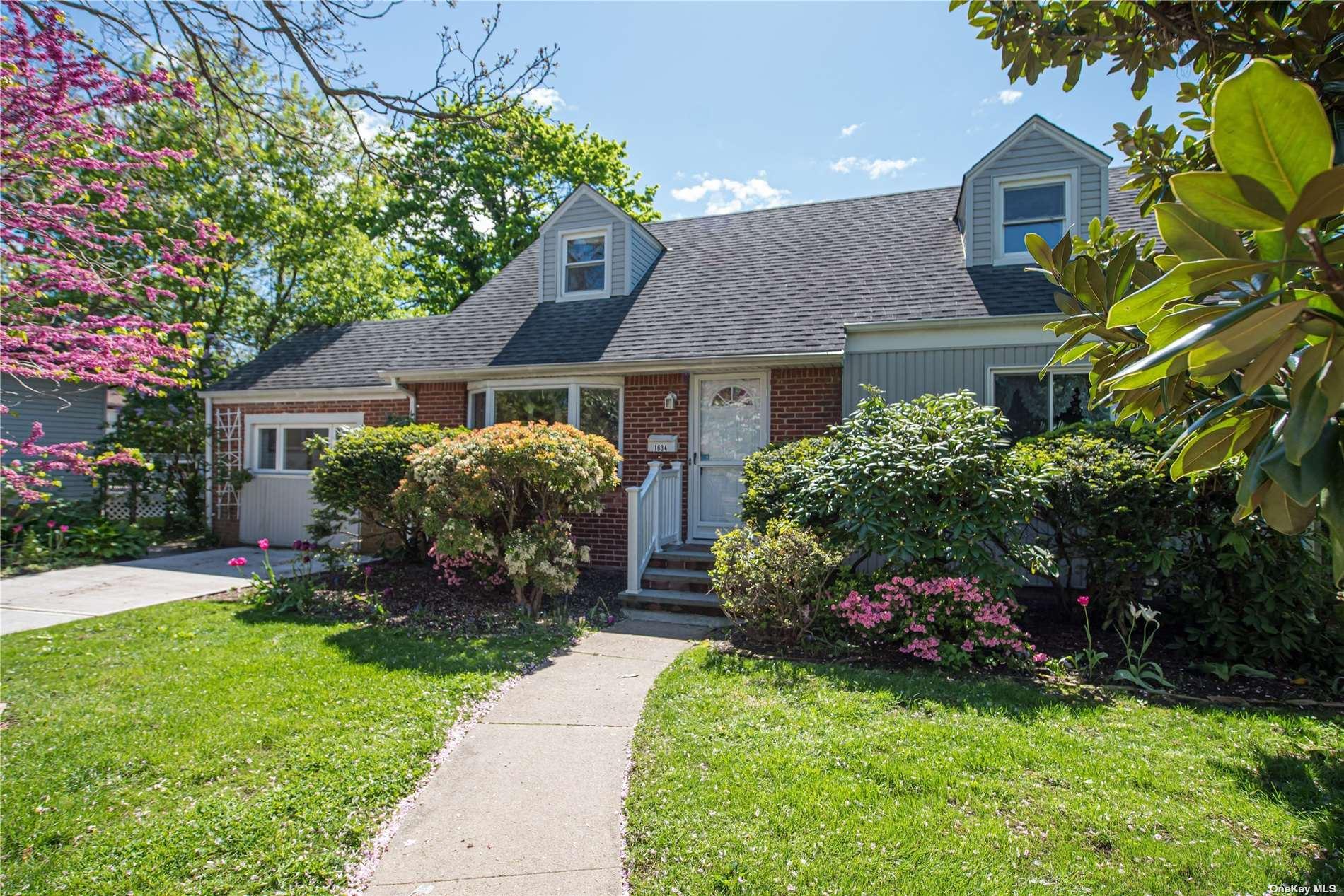 1634 Carla Lane, East Meadow, NY 11554 - MLS#: 3310440
