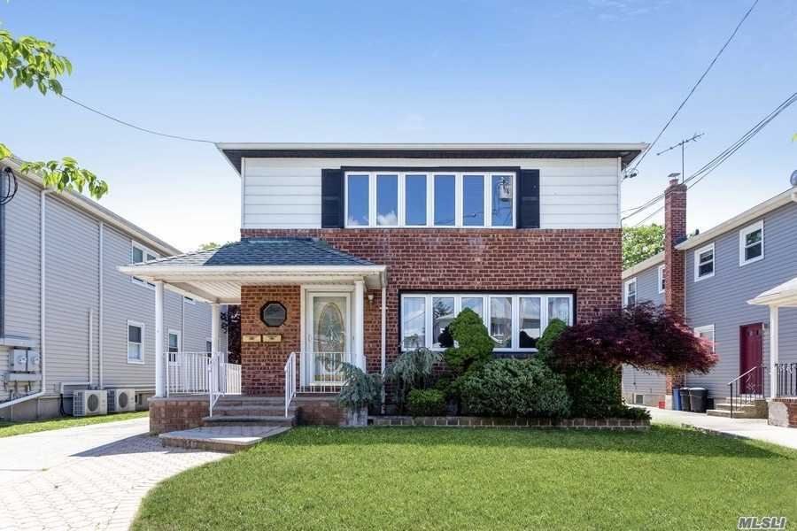 42 Sandalwood Avenue, Valley Stream, NY 11581 - MLS#: 3225443