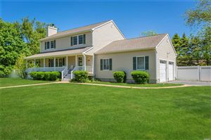 Photo of 8 W Apollo Dr, Aquebogue, NY 11931 (MLS # 3131444)