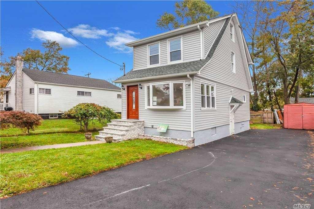 239 Bennett Avenue, Hempstead, NY 11550 - MLS#: 3266446