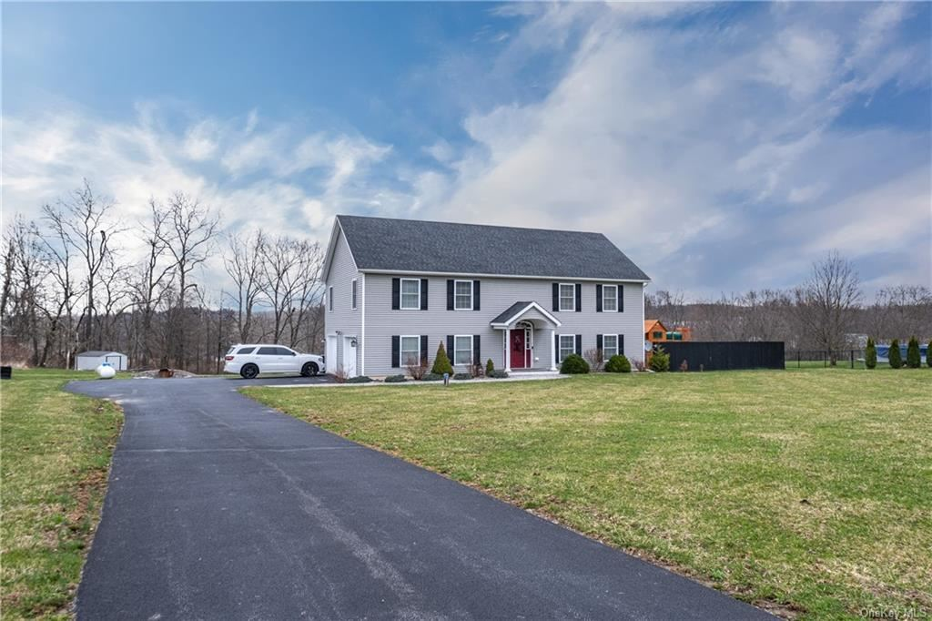 Photo of 53 Donnelly Farm Road, Walden, NY 12586 (MLS # H6103446)
