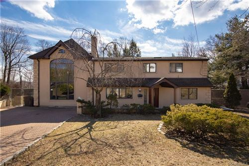Photo of 9 Bell Place, Rye Brook, NY 10573 (MLS # H6019447)