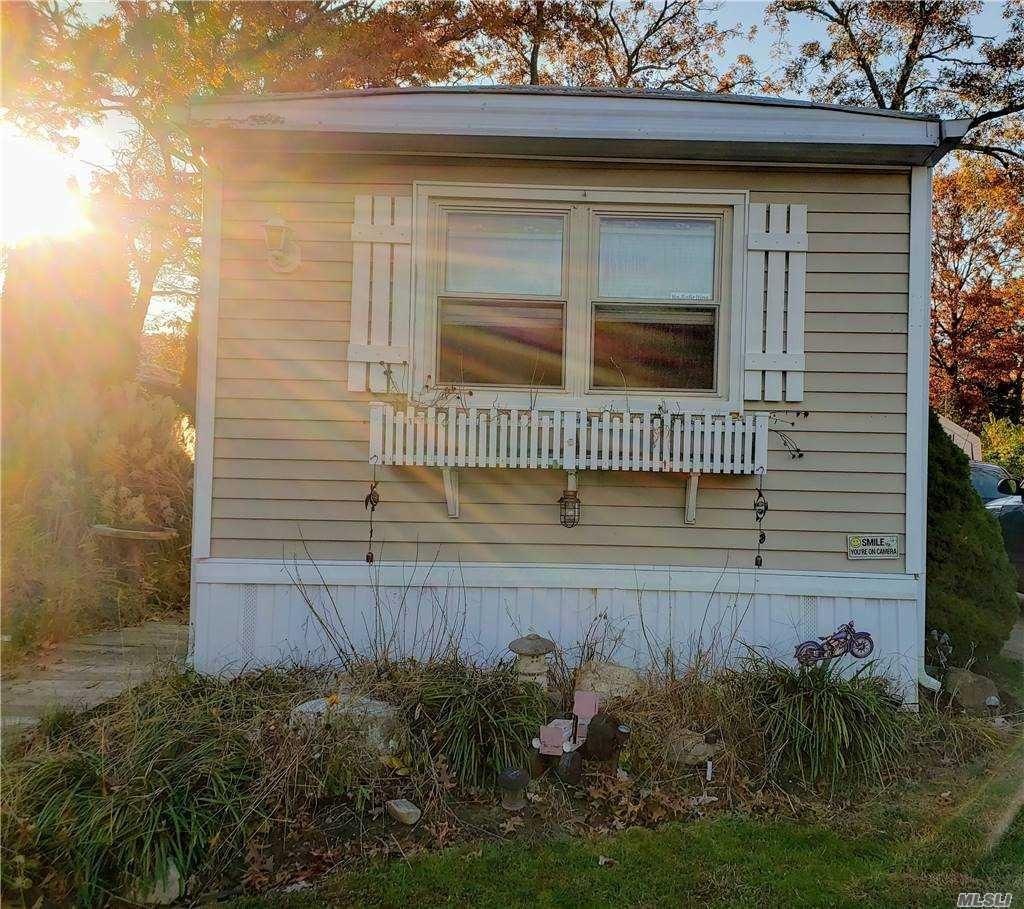 8 Buttercup Drive, Bohemia, NY 11716 - MLS#: 3270448