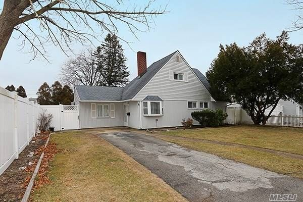 5 Reverse Lane, Levittown, NY 11756 - MLS#: 3196449