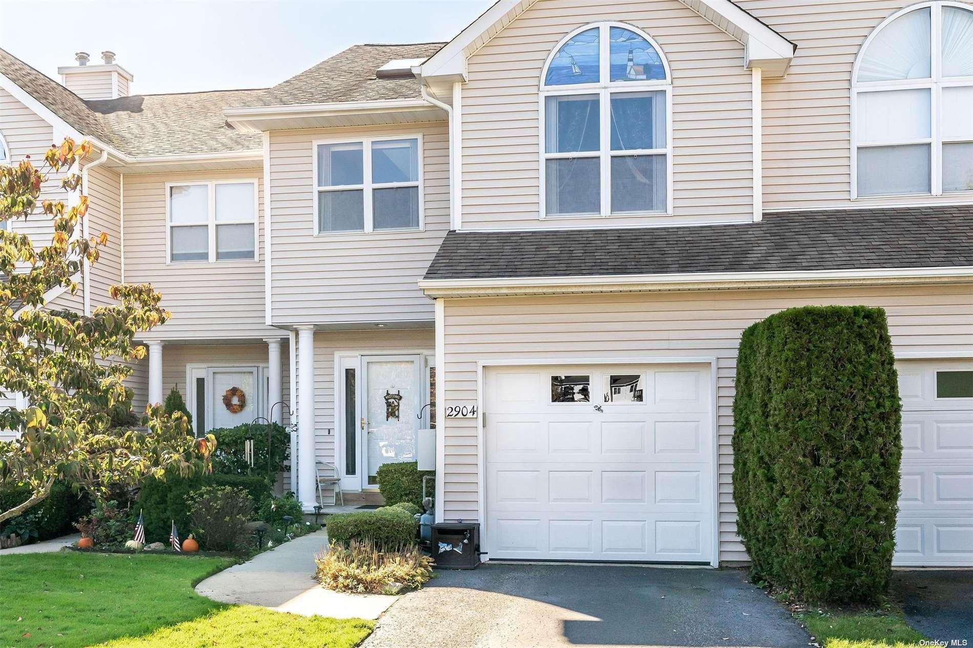 2904 Willow Pond Drive #2904, Riverhead, NY 11901 - MLS#: 3355449
