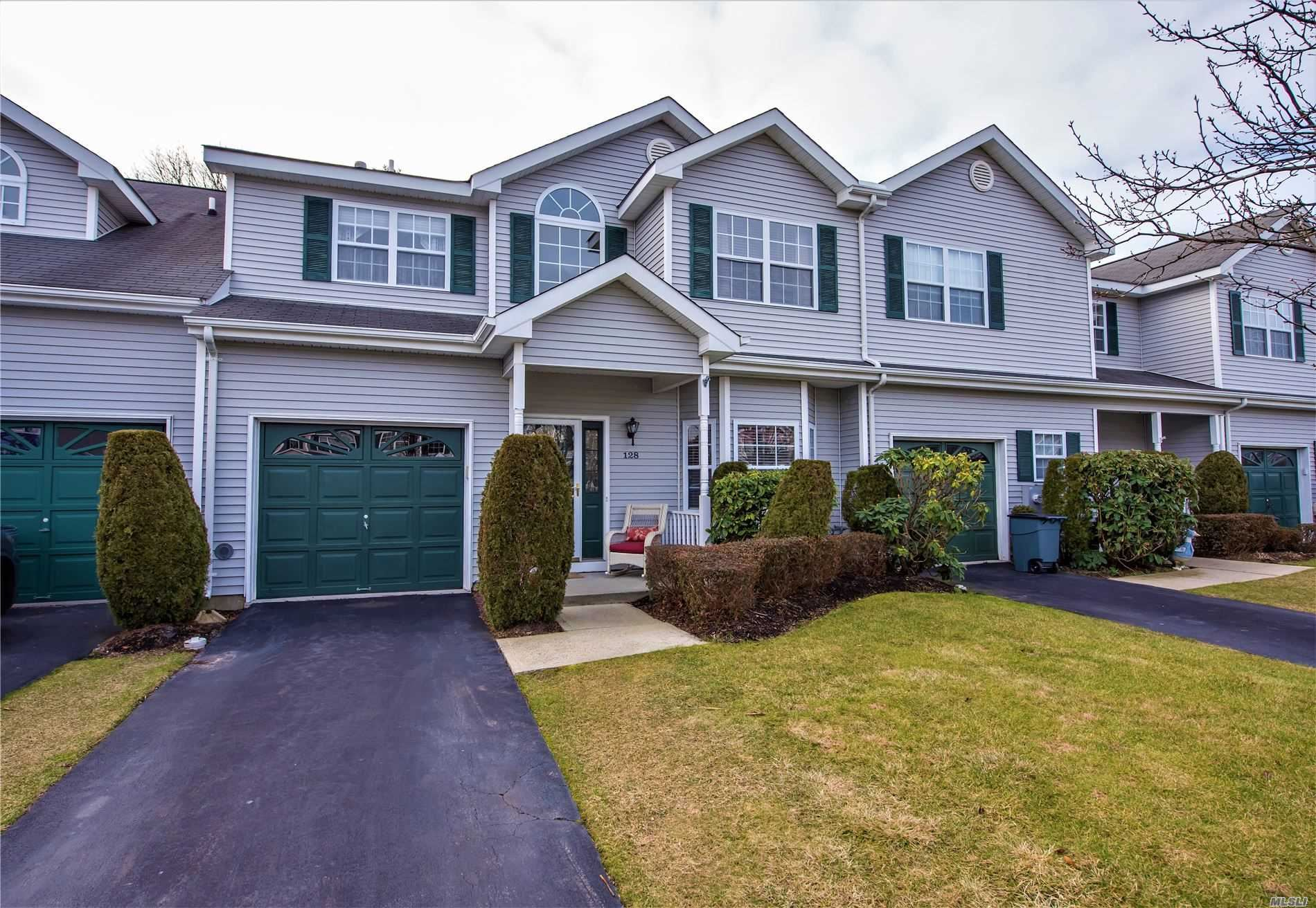 128 Willow Wood Drive, Oakdale, NY 11769 - MLS#: 3239454