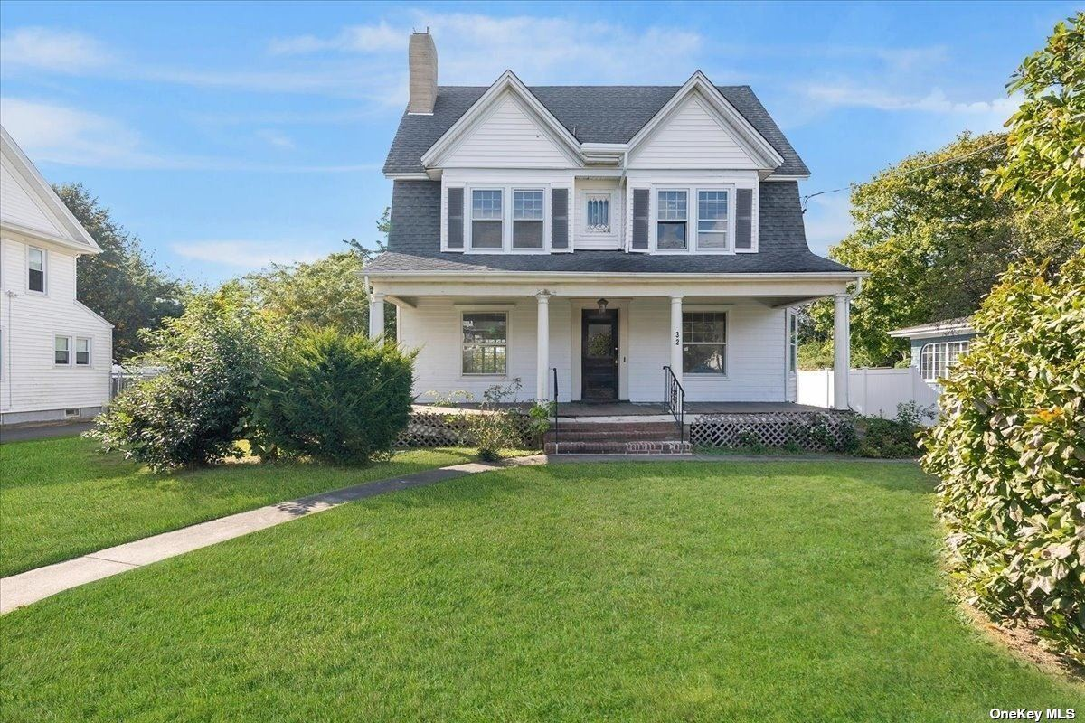 32 Rose Avenue, Patchogue, NY 11772 - #: 3351454