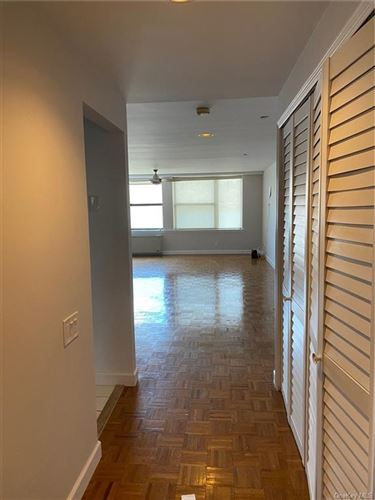 Photo of 23 Water Grant Street #7A, Yonkers, NY 10701 (MLS # H6039455)