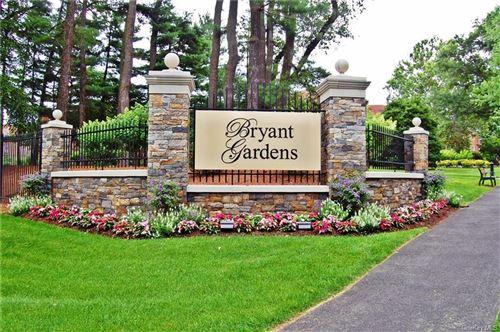 Photo of 8 Bryant Crescent #1L, White Plains, NY 10605 (MLS # H6039456)