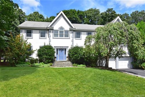 Photo of 46 Roundabend Road, Tarrytown, NY 10591 (MLS # H6060456)