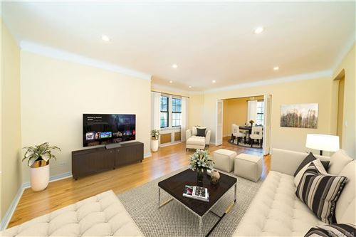 Photo of 182 Garth Road #2A, Scarsdale, NY 10583 (MLS # H6055457)