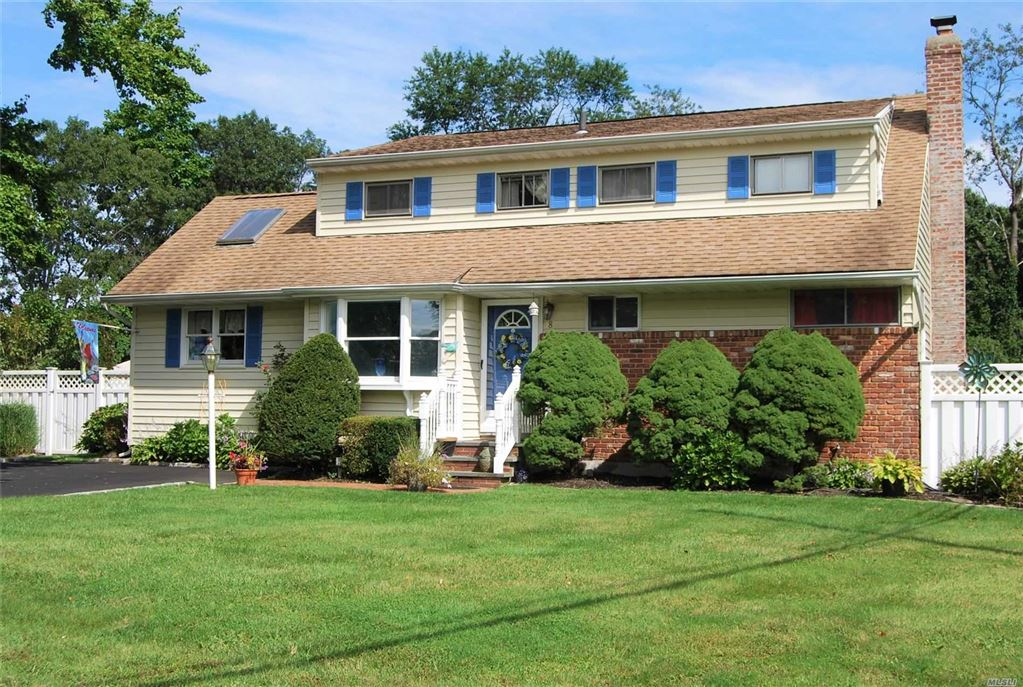 8 Applewood Road, Saint James, NY 11780 - MLS#: 3162457