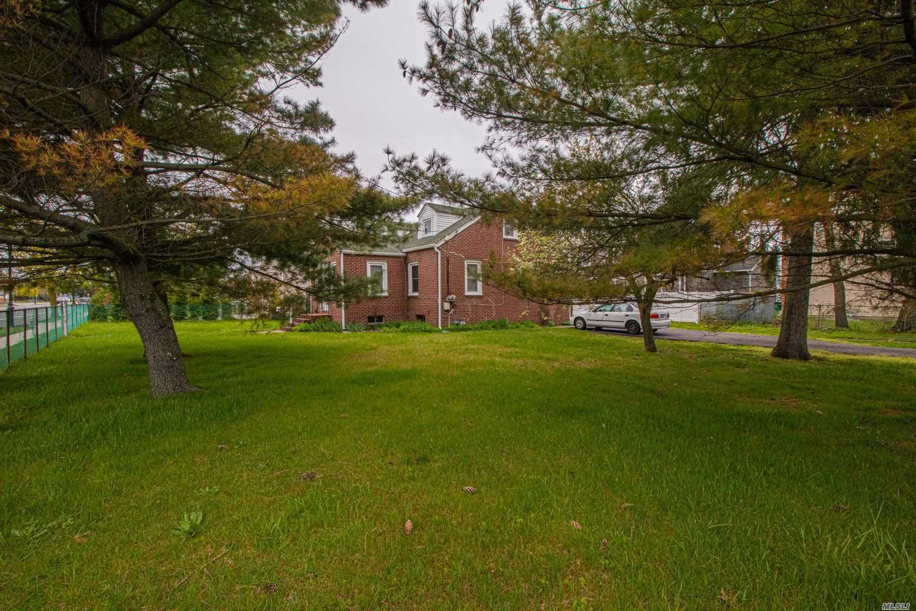 2140 Great Neck Rd, Copiague, NY 11726 - MLS#: 3213457