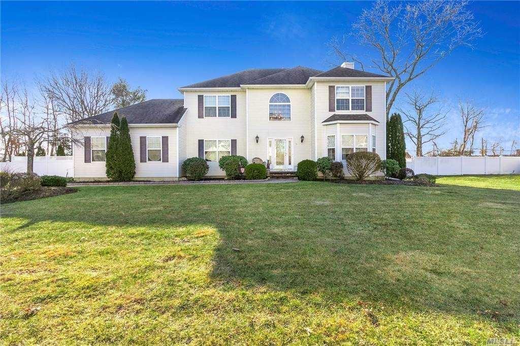 10 Brittany Ct, Ridge, NY 11961 - MLS#: 3281457