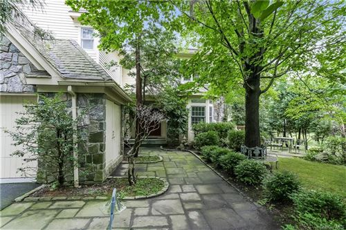 Photo of 46 Cobblefield Road, White Plains, NY 10605 (MLS # H6059459)