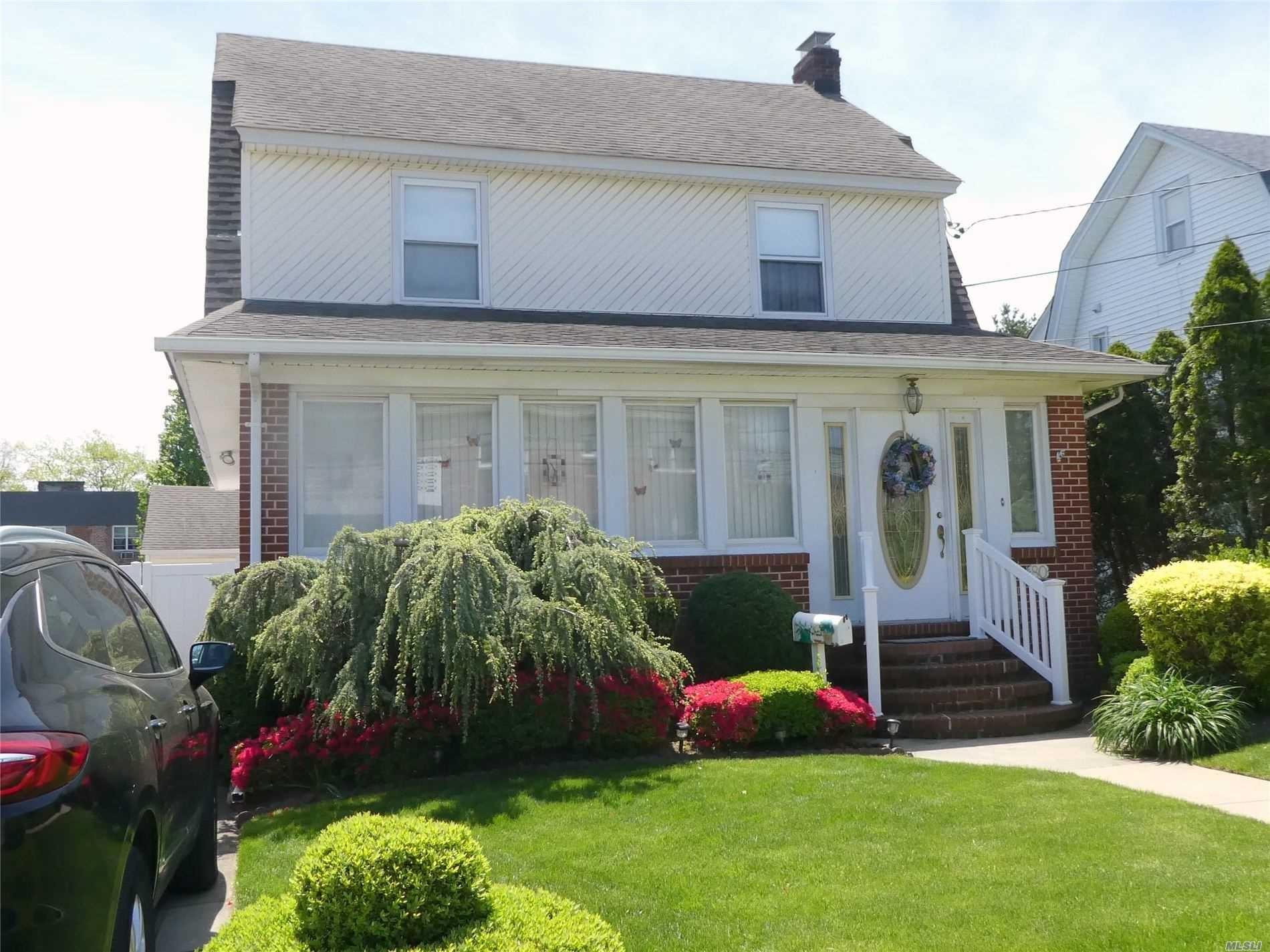 80 Noble Street, Lynbrook, NY 11563 - MLS#: 3216460