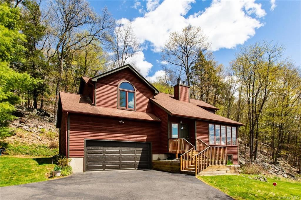 9 Squantz View Drive, New Fairfield, CT 06812 - MLS#: H6040460