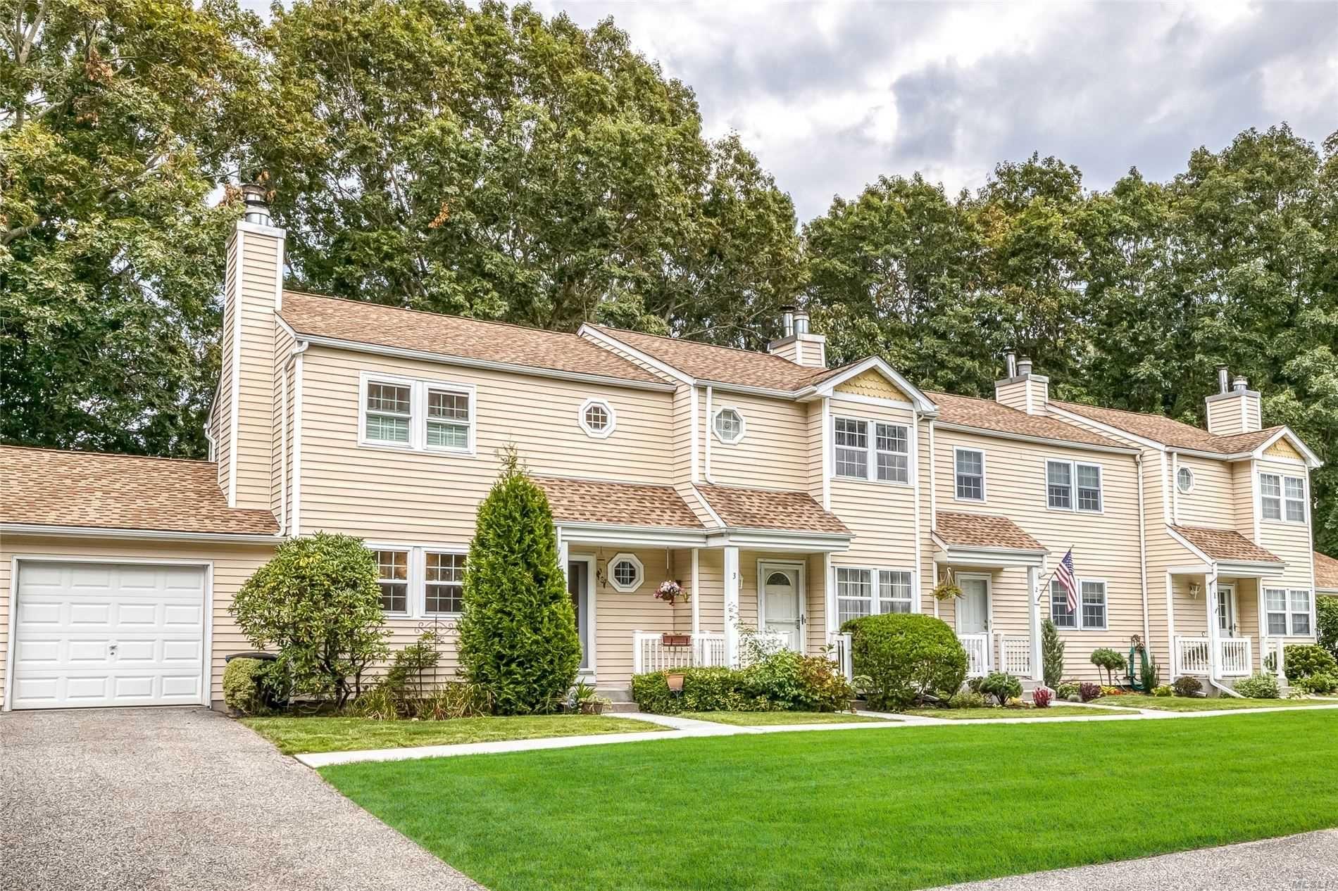 4 Adams Commons, Yaphank, NY 11980 - MLS#: 3247463