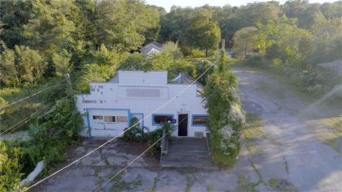 Photo of 305 W Main St, Riverhead, NY 11901 (MLS # 3186464)