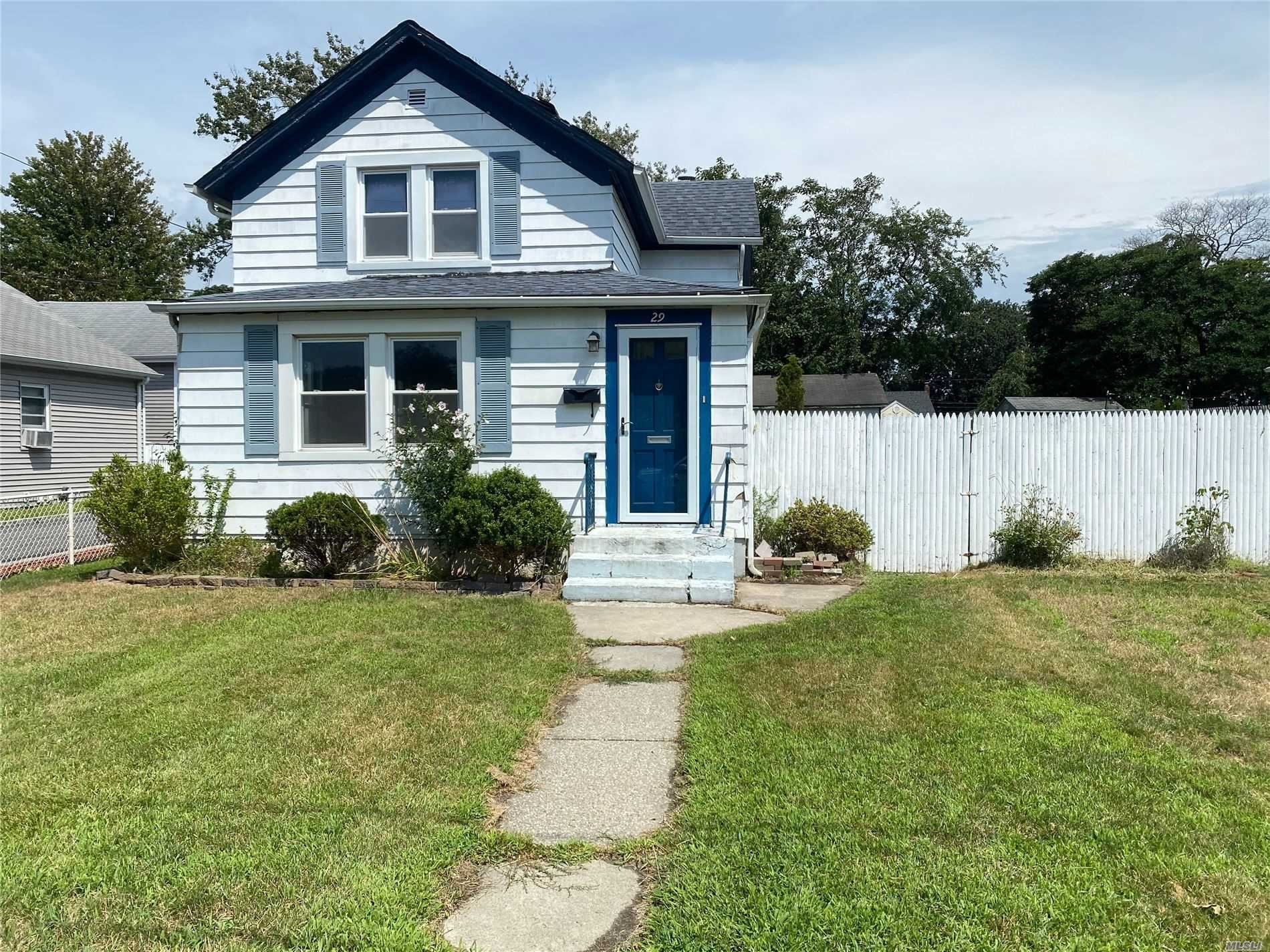 29 Wood Ave, Patchogue, NY 11772 - MLS#: 3239464