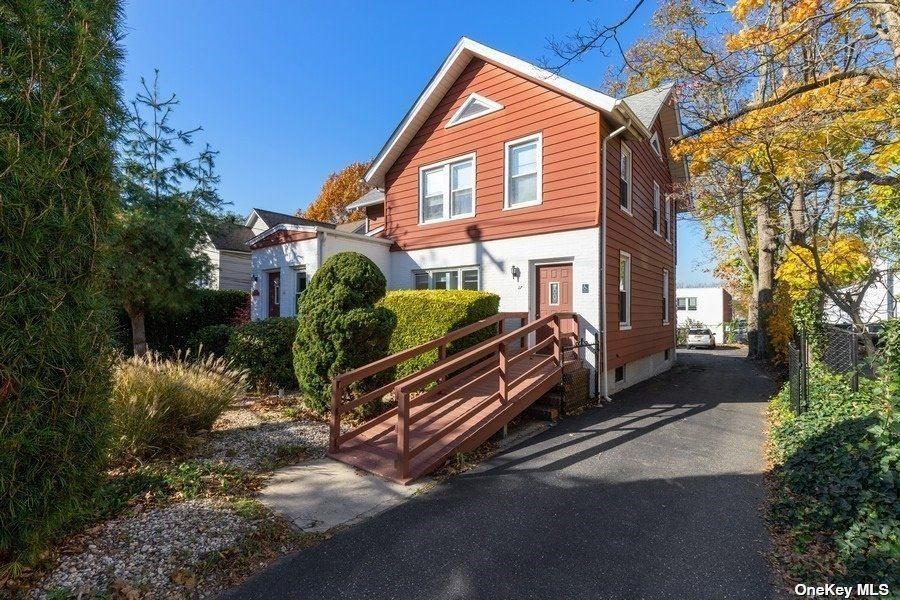 25 E Carver Street, Huntington, NY 11743 - MLS#: 3299467