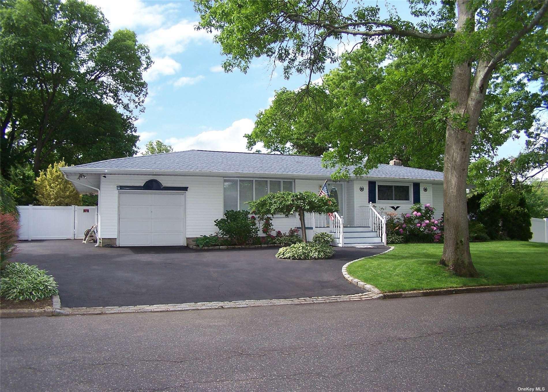 72 Dovecote Lane, Commack, NY 11725 - MLS#: 3318467