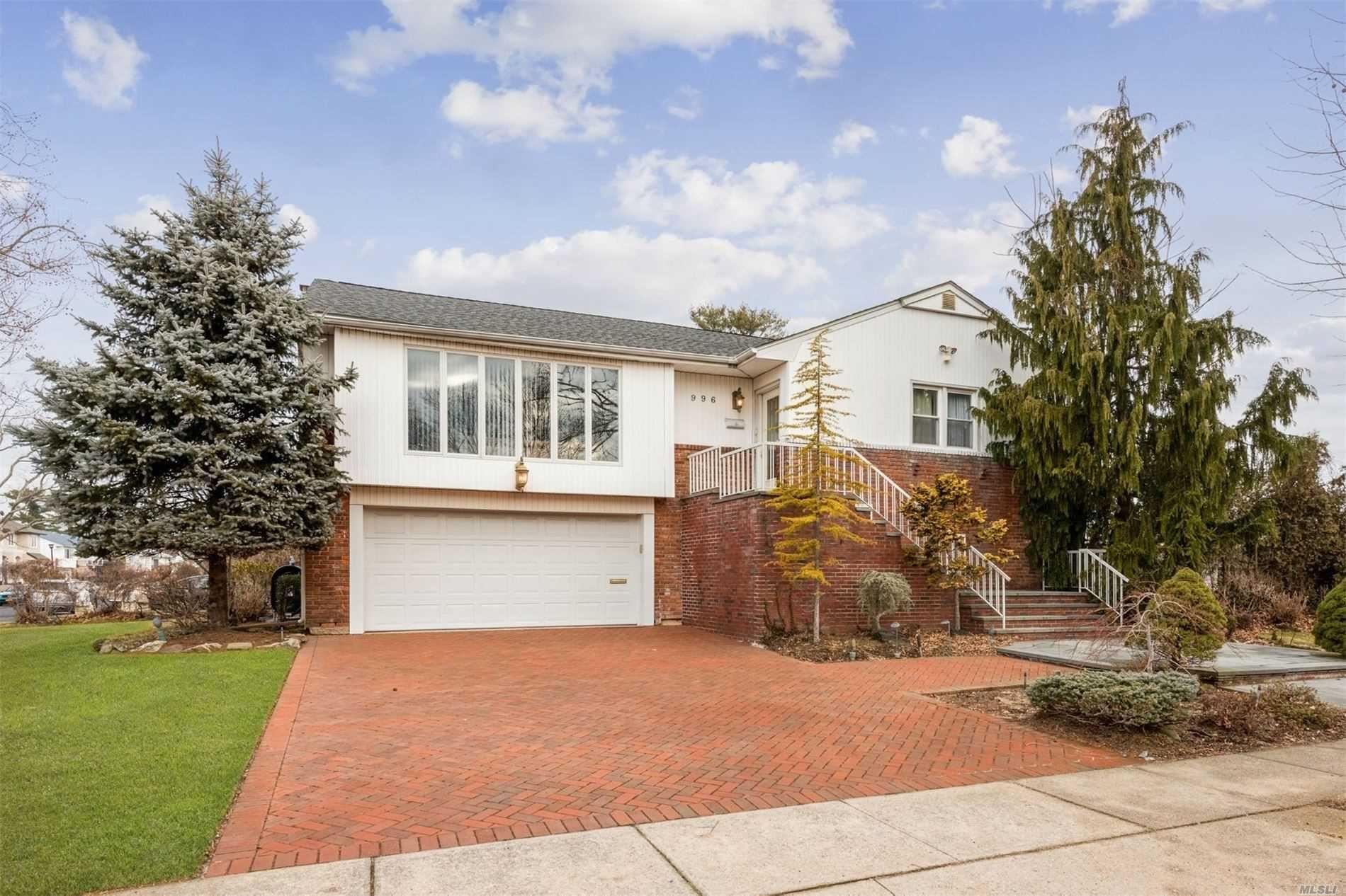 996 Cedarhurst Street, Hempstead, NY 11581 - MLS#: 3197468
