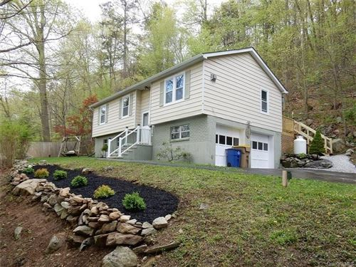 Photo of 205 Canopus Hollow Road, Putnam Valley, NY 10579 (MLS # H6019469)