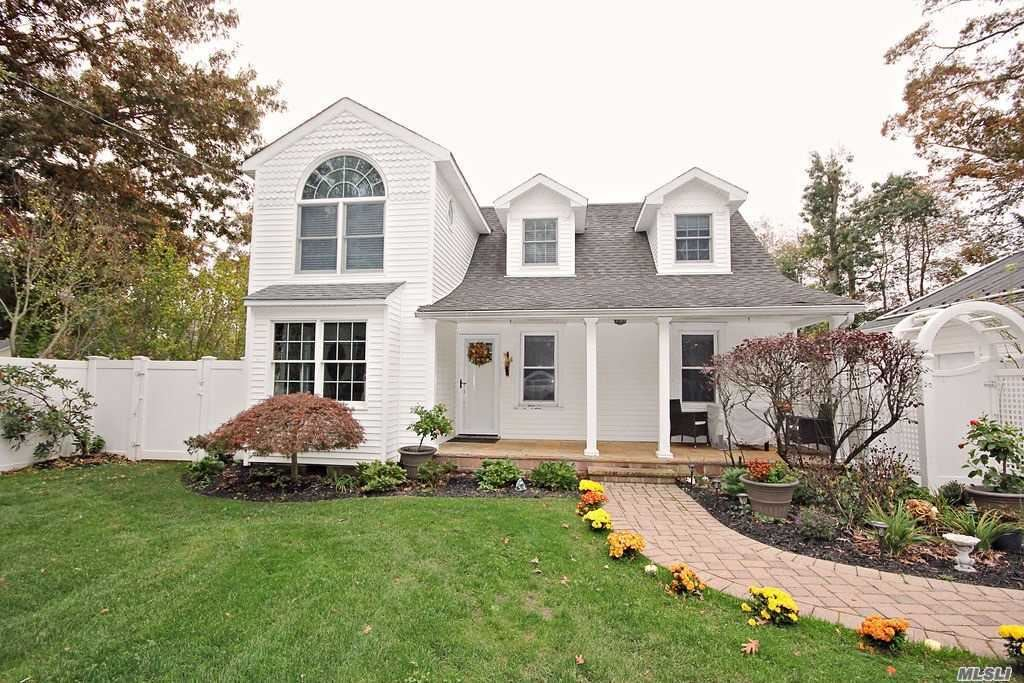 31 Lincoln Drive, Oakdale, NY 11769 - MLS#: 3263469
