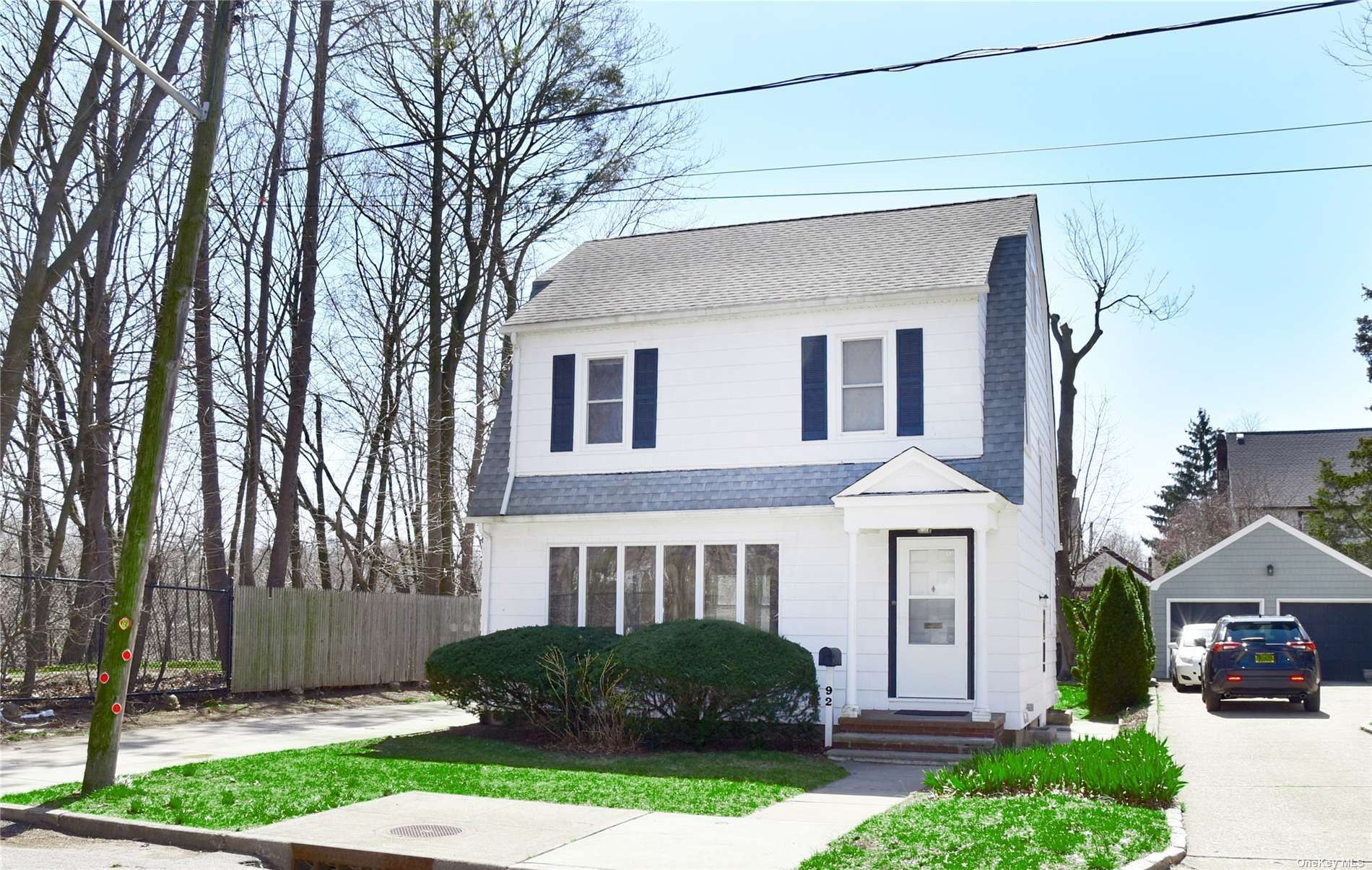 92 Willow Street, Floral Park, NY 11001 - MLS#: 3301469